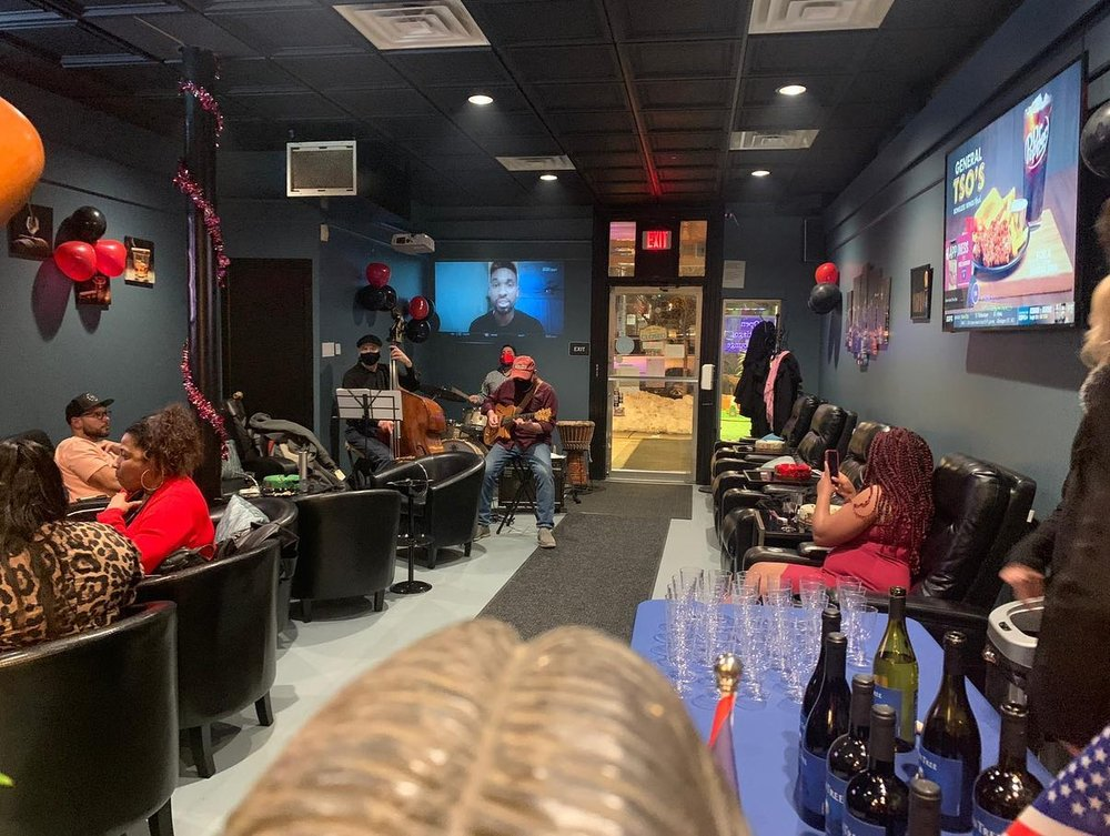 Santiago Cigar Lounge: 17 E 3rd St, Bethlehem, PA