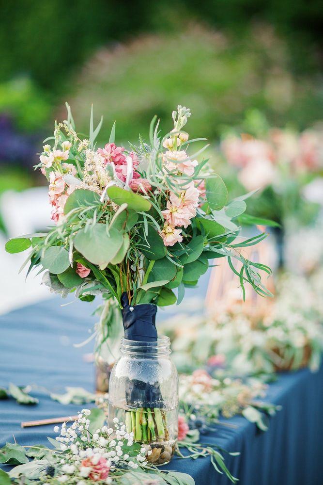 Barbara's Floral: 12809 Beverly Park Rd, Lynnwood, WA
