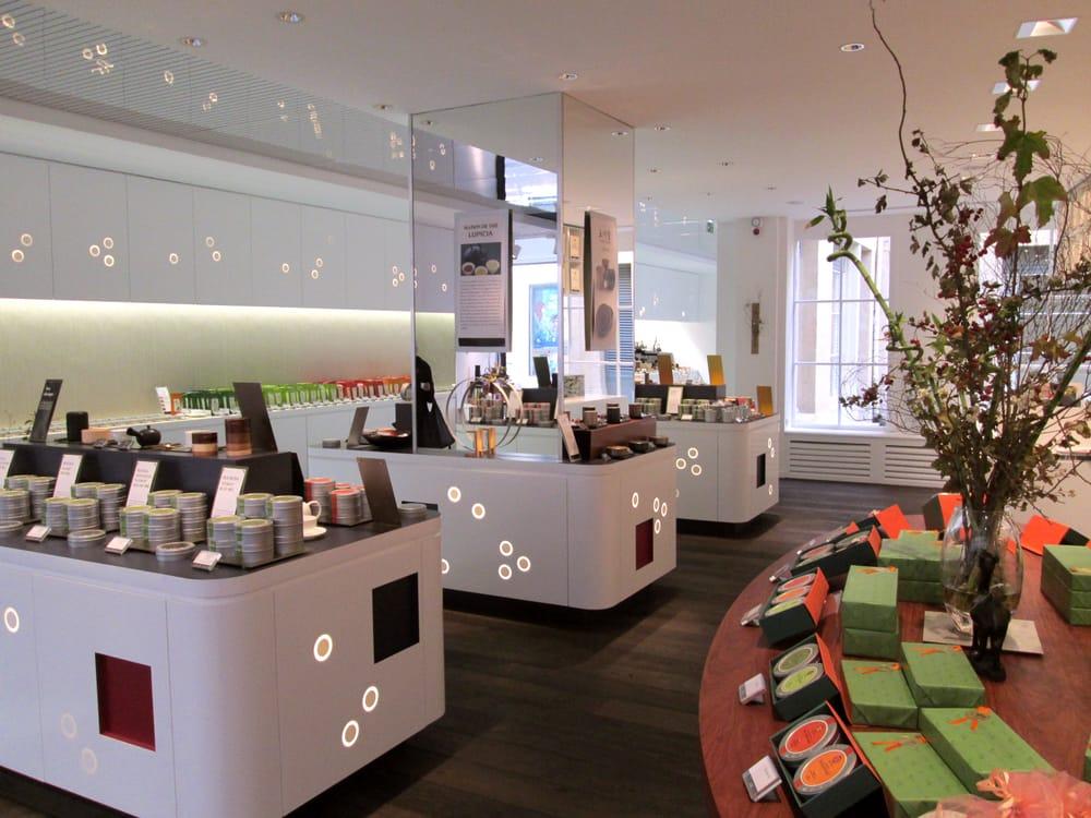 Photo de Lupicia - Paris, France. Notre boutique à Paris au 40 rue Bonaparte Saint-Germains-des-Près