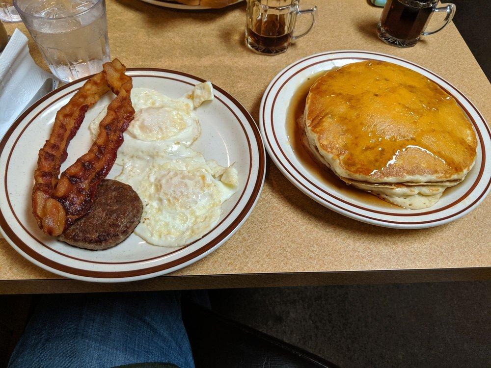 Rock City Cafe: 25 E Market St, Wabash, IN