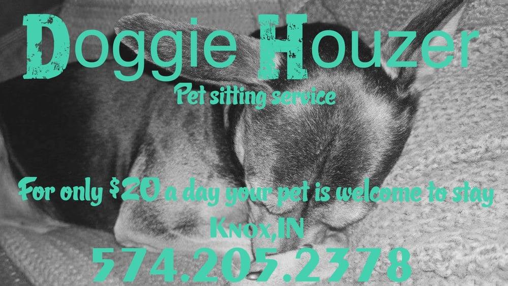 Doggie Houzer: Knox, IN