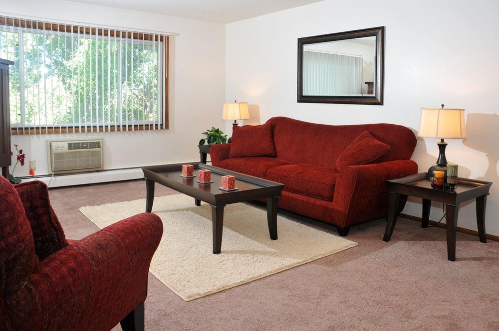 Stonegate Apartments: 10760 6th St NE, Minneapolis, MN
