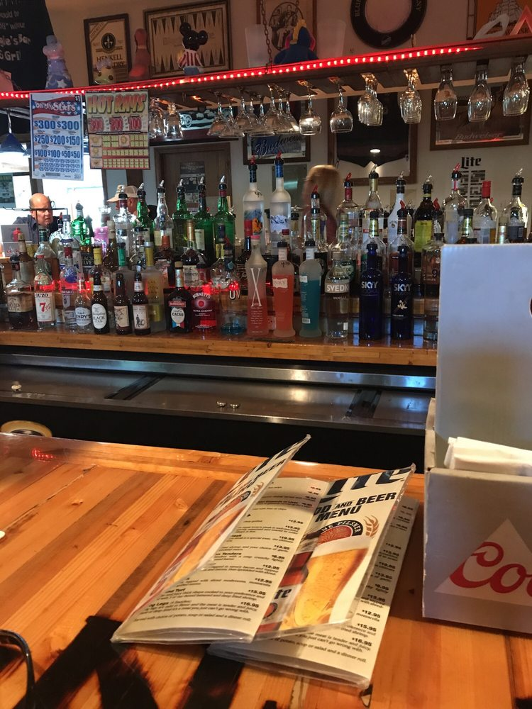 Down & Under Pub Corporation: 4020 E Old US Highway 30, Hamlet, IN