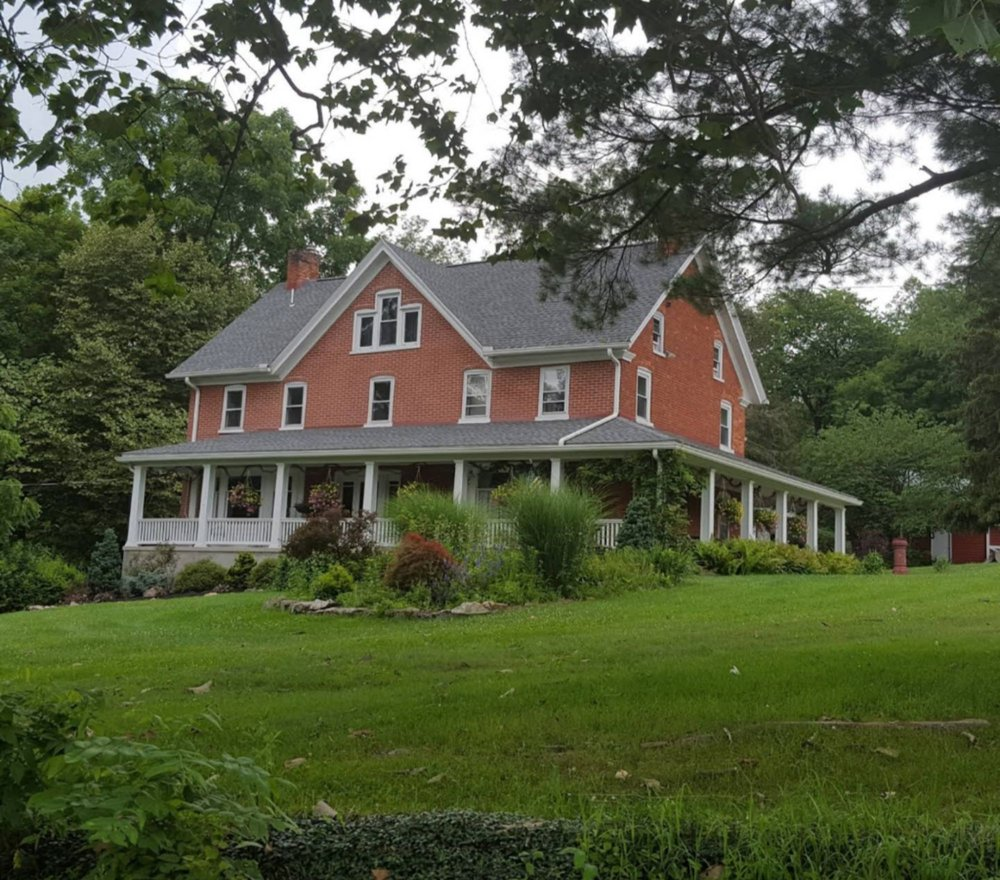 Woodhaven B&B And Event Venue: 749 Mill Rd, Schellsburg, PA