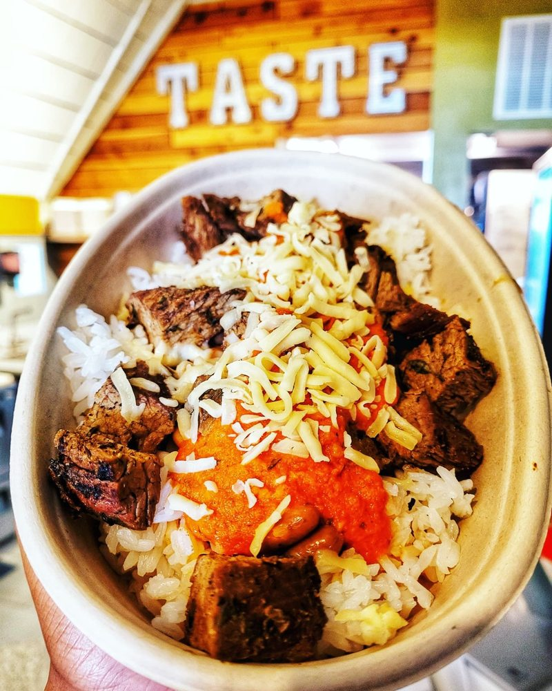Taste Island Grill: 3605 Broadway Blvd, Kansas City, MO