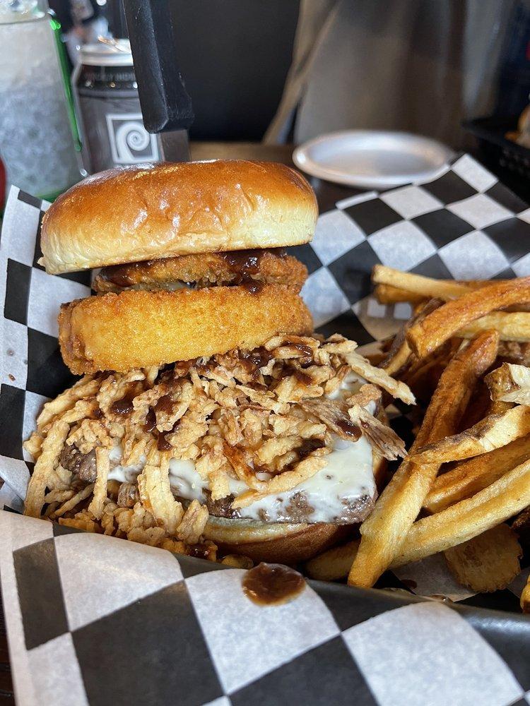 Northwoods Burgers & Fries: 15768 US Hwy 63, Hayward, WI