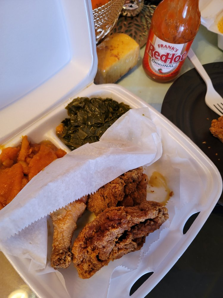 Food from Winnie's Soul Delicious