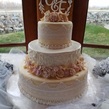 reno nv wedding cakes franz s backstube austrian bakery and pastries 76 19197