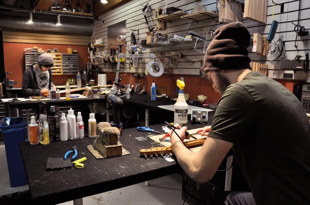 chicago music exchange repair shop yelp. Black Bedroom Furniture Sets. Home Design Ideas