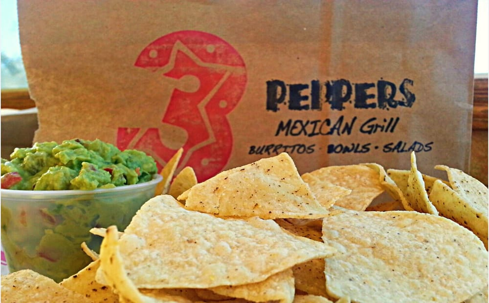 3 Peppers Mexican Grill: 310 8th St S, Albany, MN