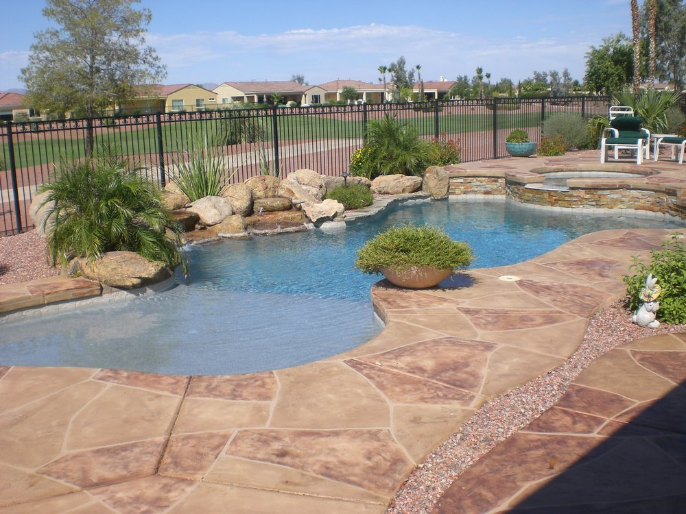 Our founder les mathews has been a pool industry leader for Natural pools arizona