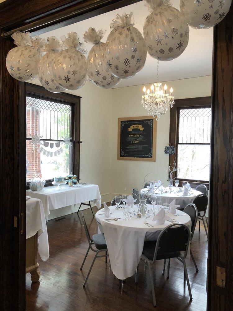 Baker's Hill Inn: 1900 Bland Rd, Bluefield, WV