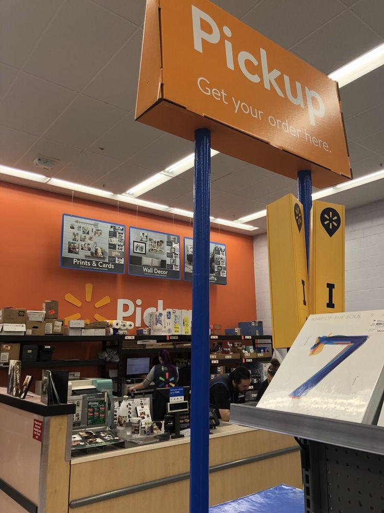 Walmart: 3300 Broadway Bayshore Mall, Eureka, CA