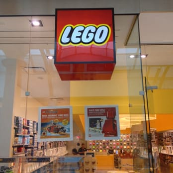 Lego Store - 19 Photos & 12 Reviews - Toy Stores - 2800 W Big Beaver ...