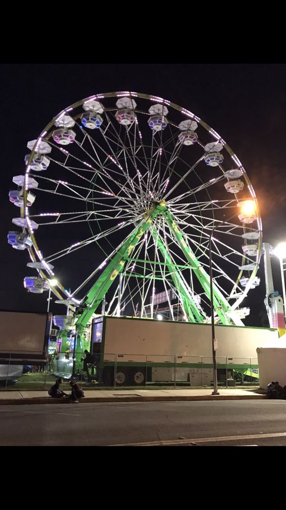 Ferris wheel the strawberry festival yelp for Garden grove strawberry festival 2017