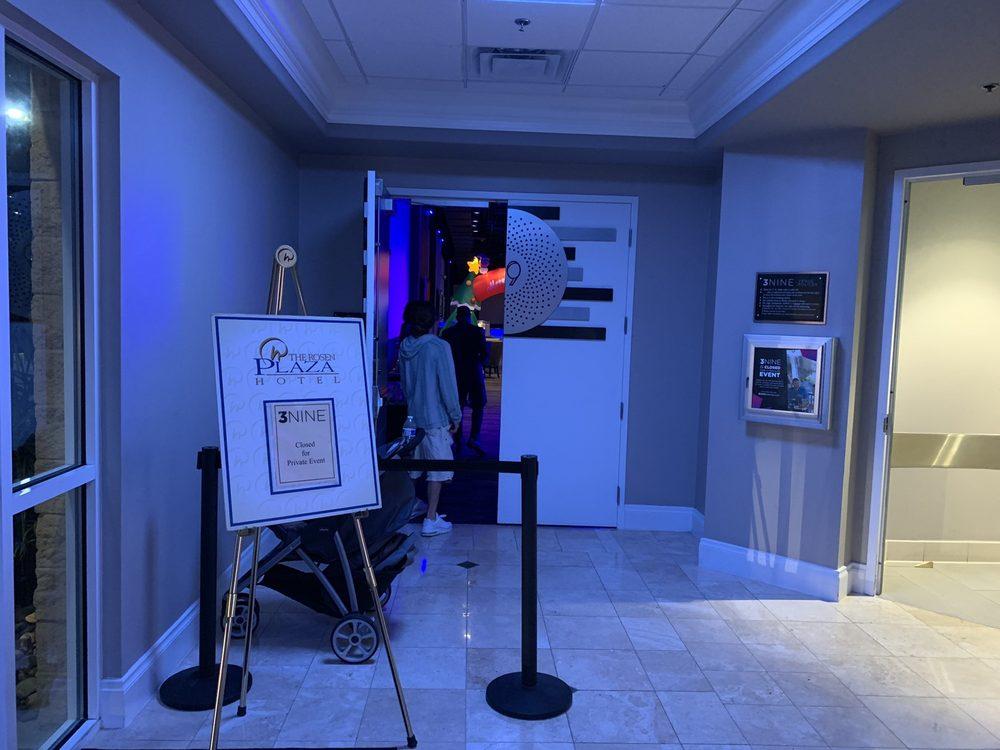 3NINE Orlando: 9700 International Dr, Orlando, FL