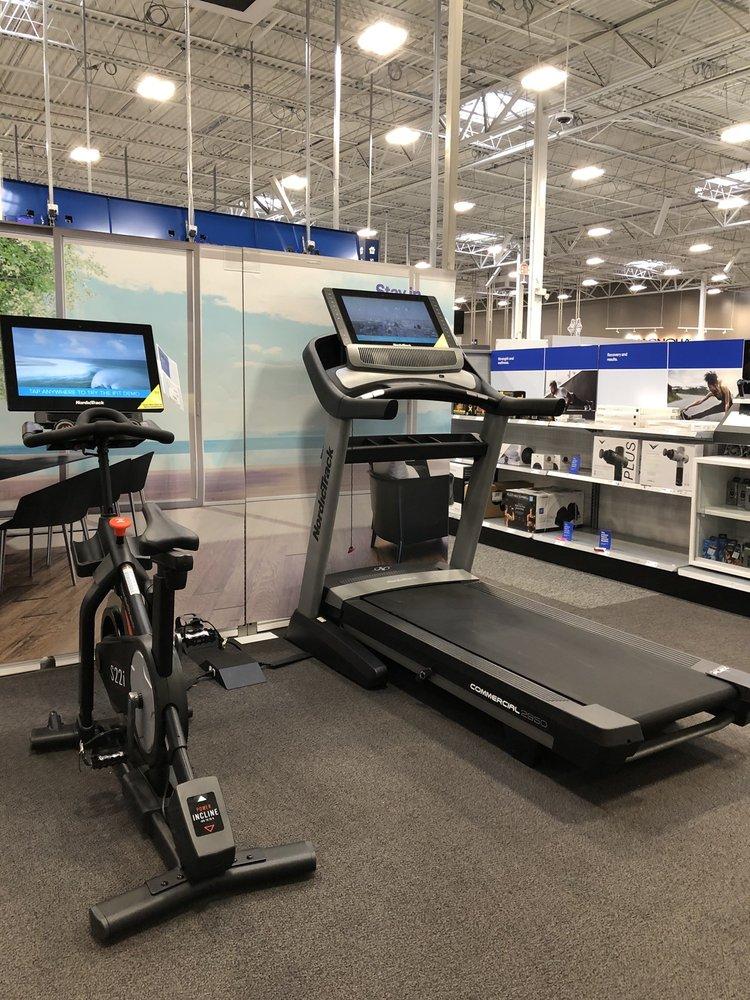 Best Buy Galleria: 5133 Richmond Ave, Houston, TX