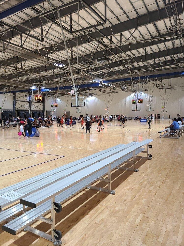 LakePoint Sports: 261 Stars Way, Emerson, GA