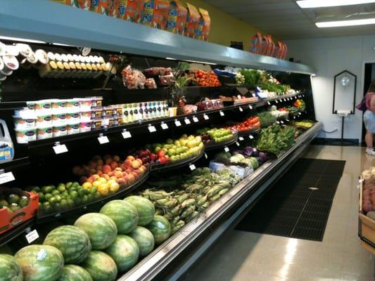 Westmont (IL) United States  city images : ... Produce & Deli Westmont, IL, United States. Fresh seasonal produce