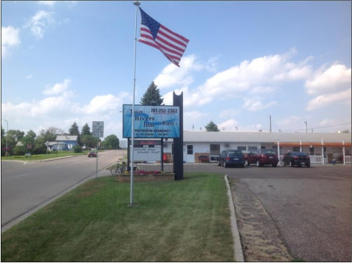 Two Rivers Inn East: 1009 12th Ave SE, Jamestown, ND