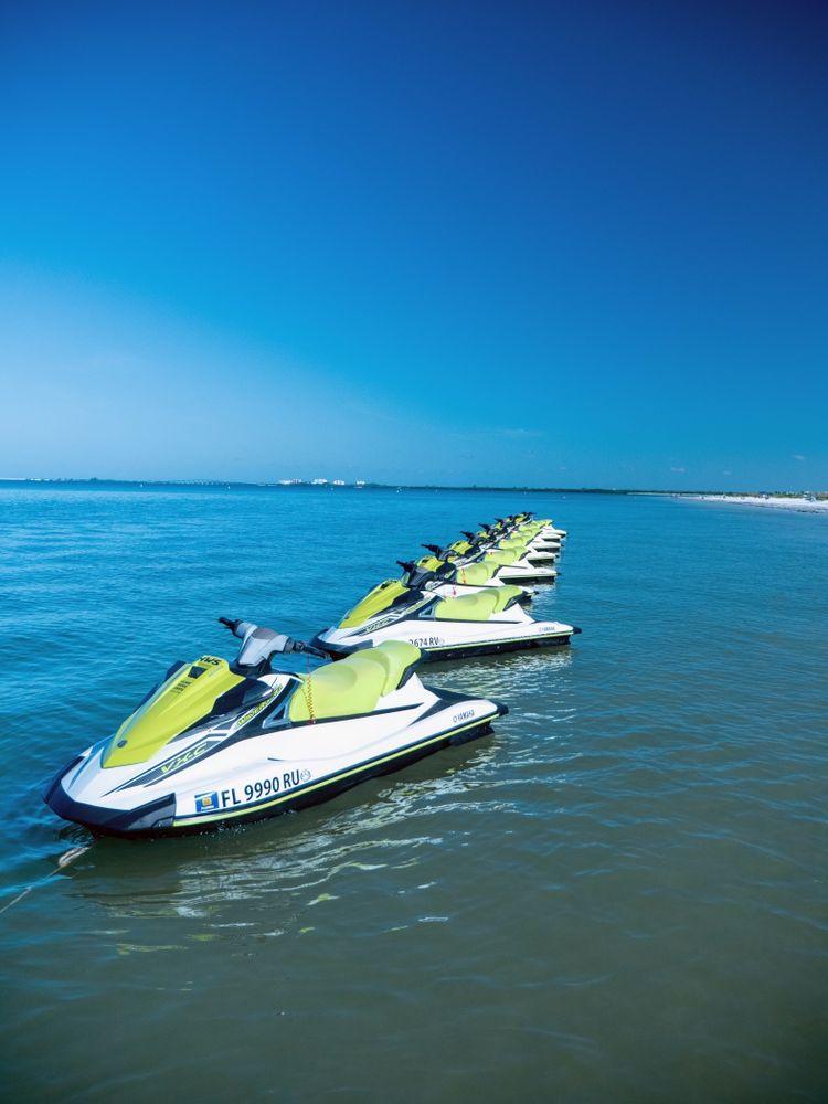 Holiday Water Sports - DiamondHead Beach Resort: 2000 Estero Blvd, Fort Myers Beach, FL