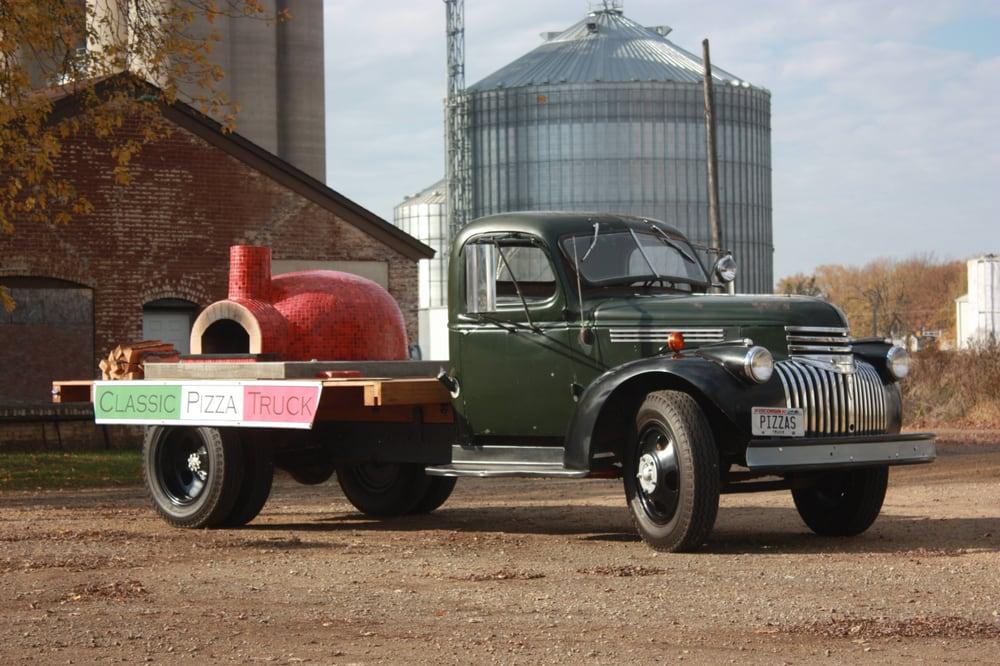 Classic Pizza Truck: Baldwin, WI