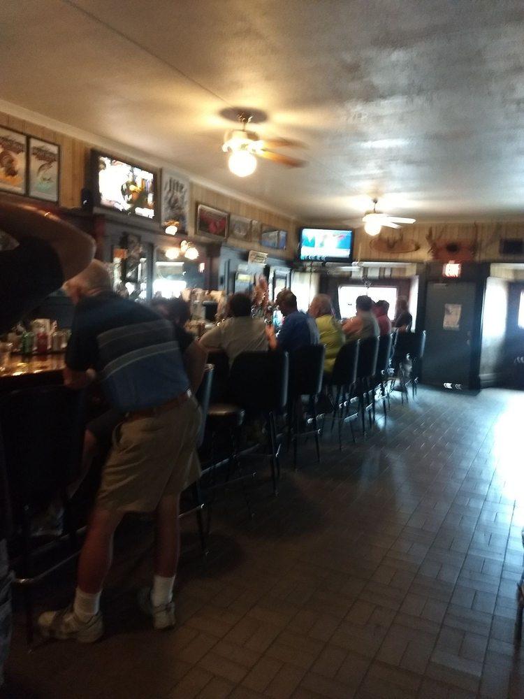 Boettcher's Bar: 607 5th Ave, Antigo, WI