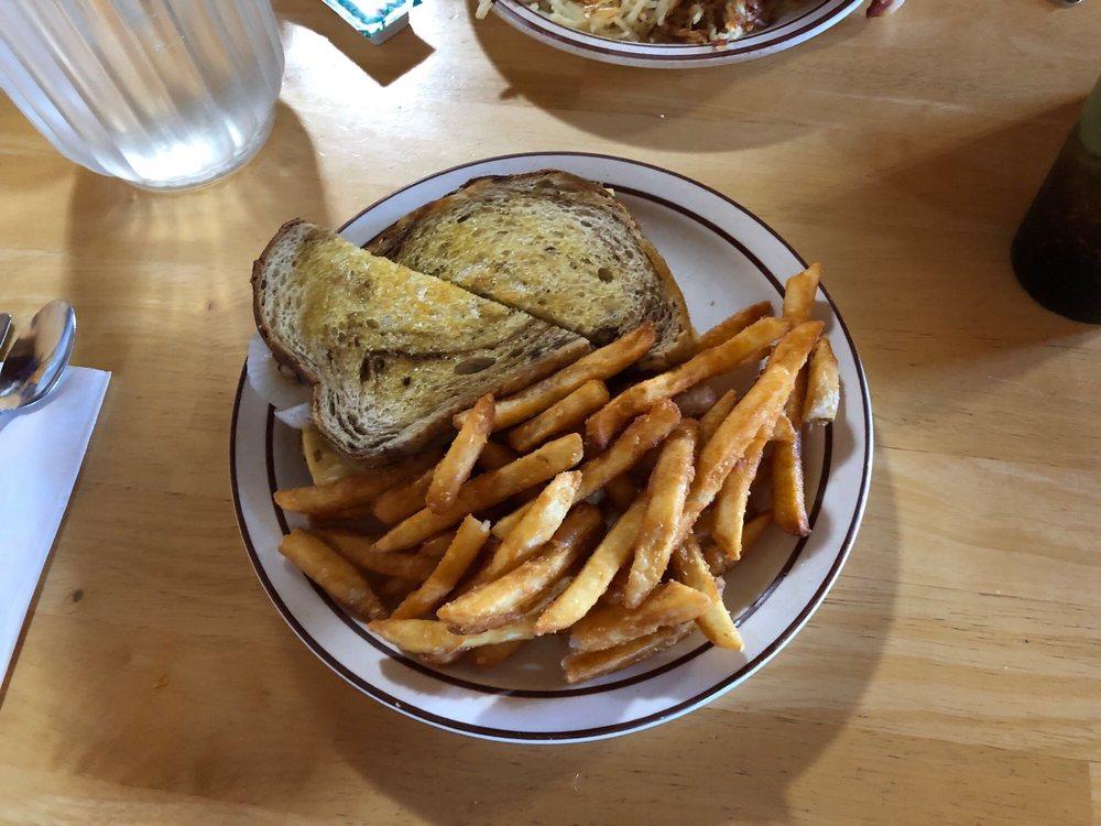 Trails Inn Restaurant: 213 Main St, Ashton, ID