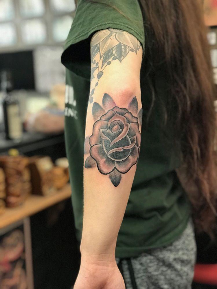 The Golden Rose Tattoo: 1217 H St, Modesto, CA
