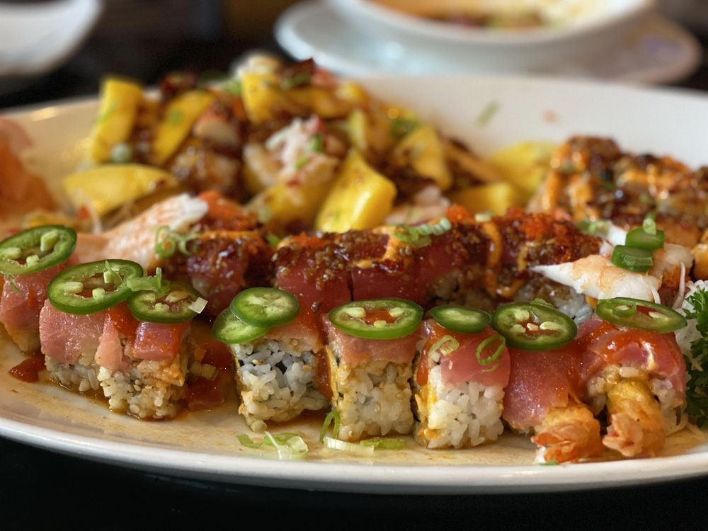 Umi Grill and Sushi Bar: 2002 S 3rd St, Terre Haute, IN