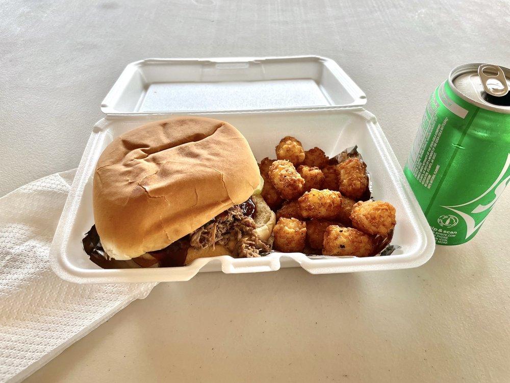 B6 BBQ & Catering: 14577 Hwy 31, Brownsboro, TX