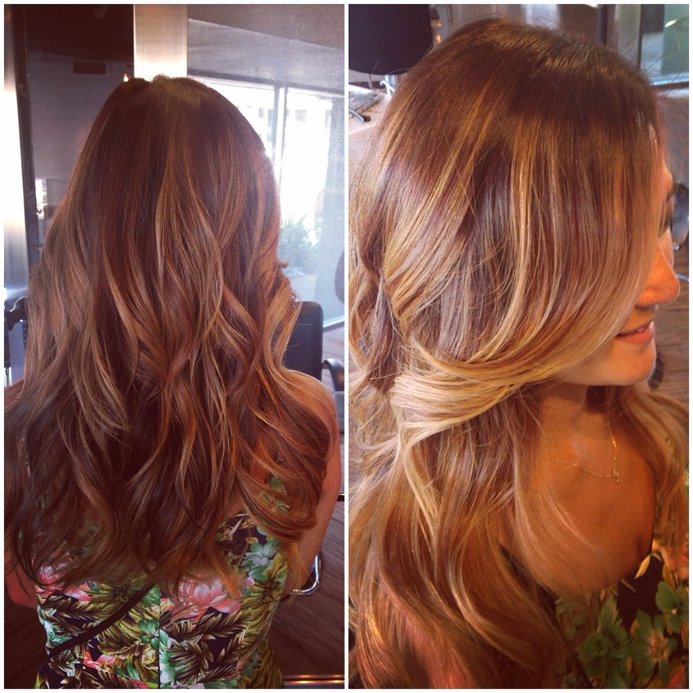 Honey Blonde Hair Color With A Nice Signature Highlight That Frames