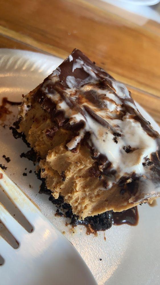 Country Kinfolk Cafe: 270 Hickman St, Lenoir City, TN