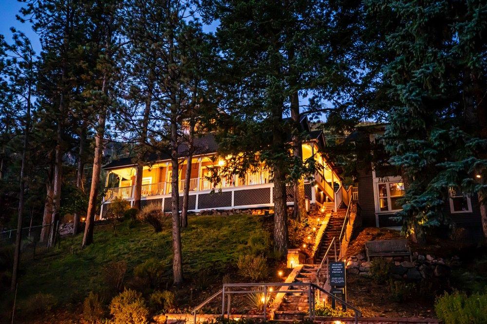 Outlook Lodge: 6975 Howard St, Green Mountain Falls, CO