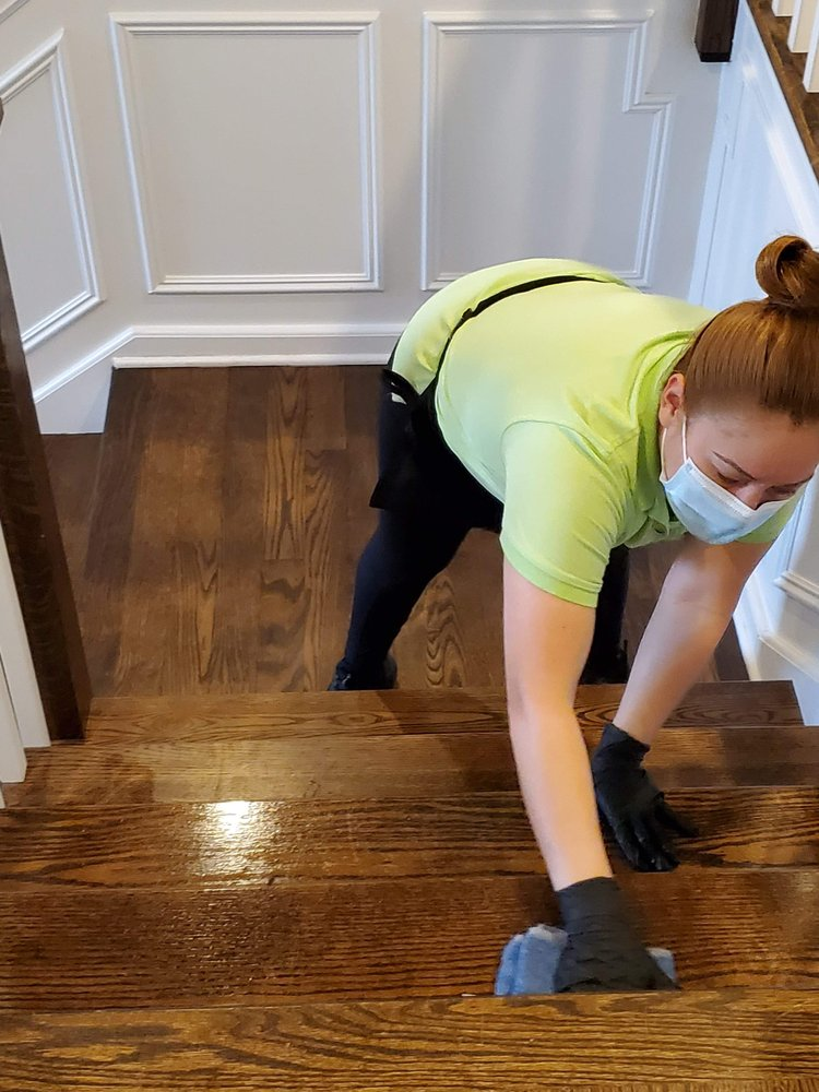 Helping Hands Cleaning Services: 381 N York St, Elmhurst, IL
