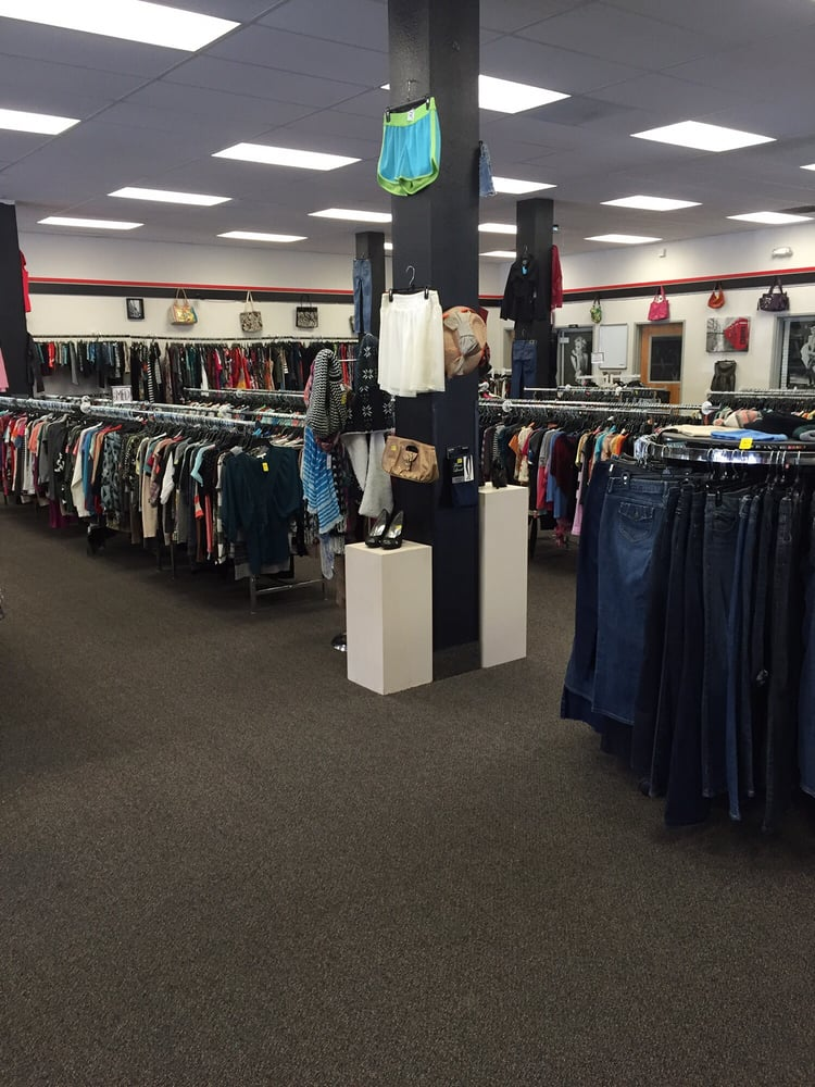 Barely Worn: 331 SE 6th St, Grants Pass, OR