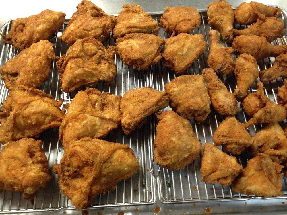 Charlie's Chicken: 127 W Court St, Amherst, VA