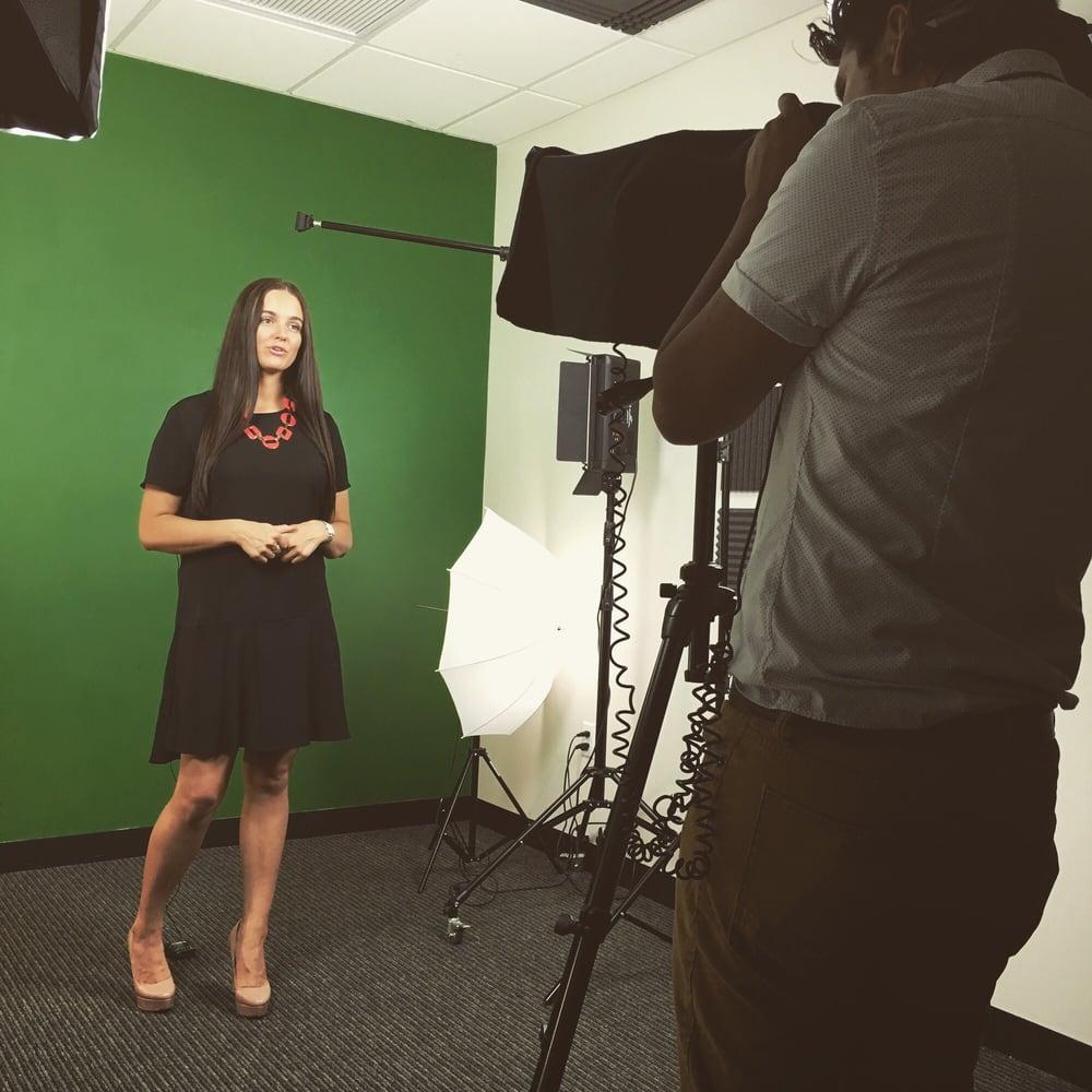 Green Screen room for shooting Realtor videos - Yelp