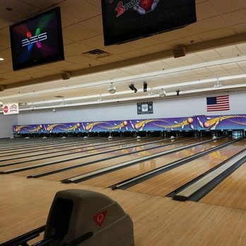 Showplace Bowling Alley Staten Island