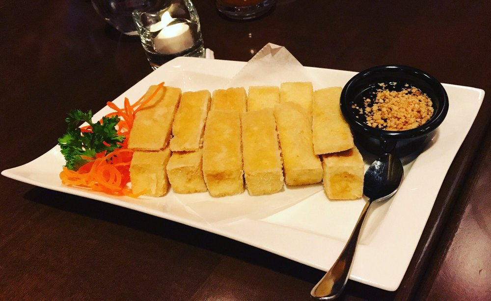 Singha Contemporary Thai & Sushi: 2912 Wasson Rd, Cincinnati, OH