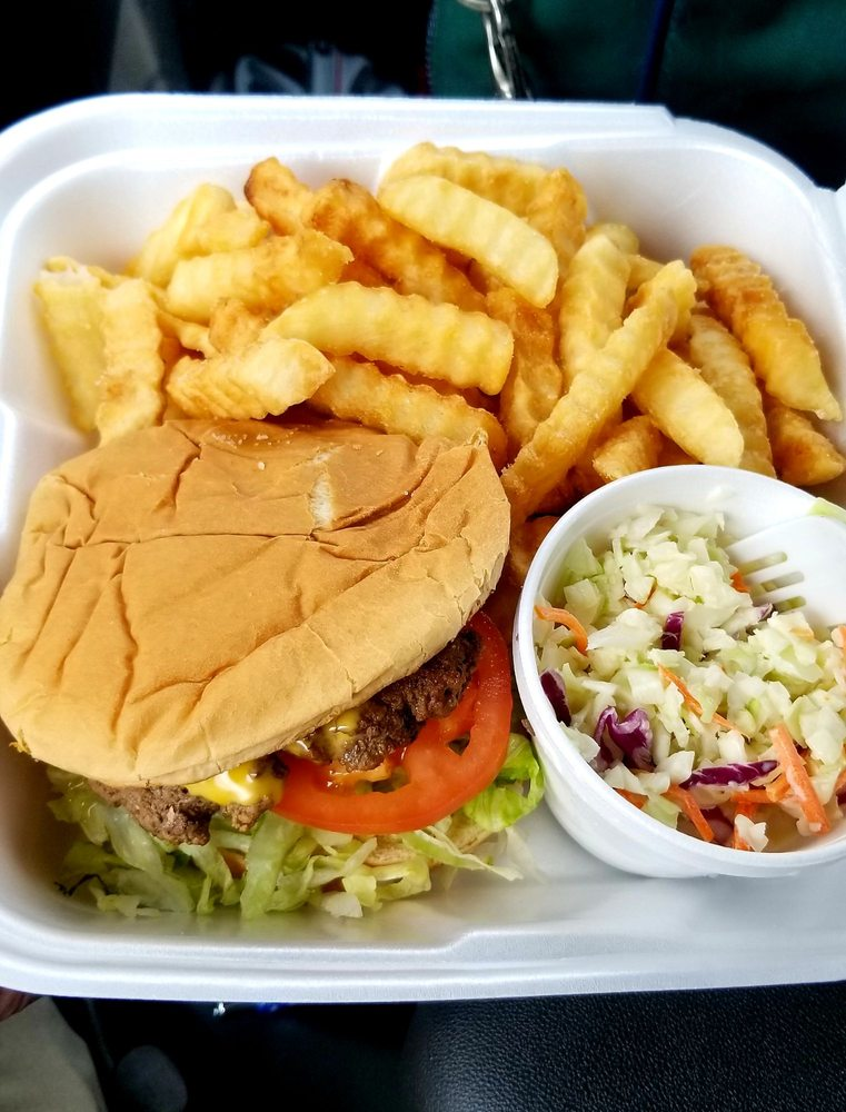Cheeseburger House-McCutcheon's: 512 Ninety Six Hwy, Greenwood, SC