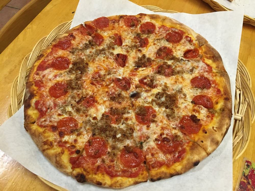 Emilio's Brick Oven Gourmet Pizza: 22207 Shaw Rd, Sterling, VA