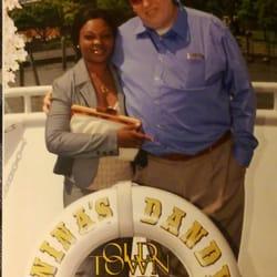 Dandy restaurant cruises 41 foton 58 recensioner for Carters in alexandria va