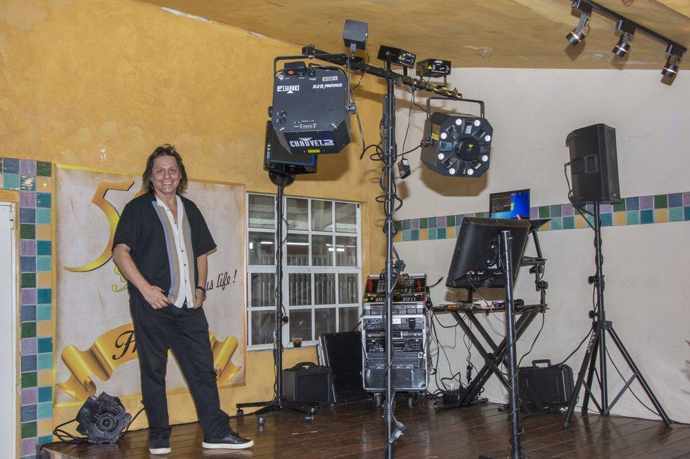 Karaoke DJ Miami Service