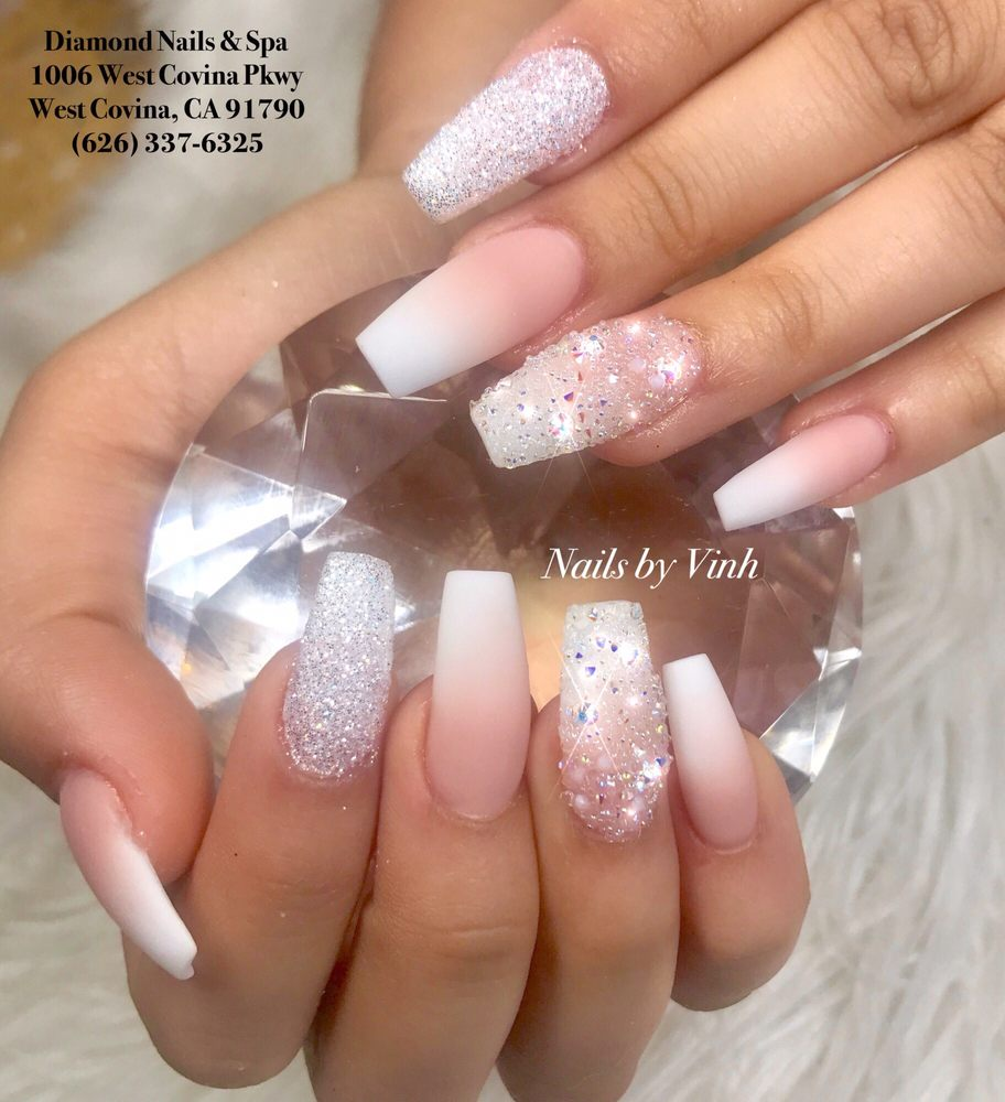 Matte ombré nails by Vinh. - Yelp