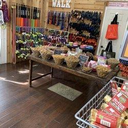 Woof Gang Bakery - 58 Photos & 27 Reviews - Pet Stores - 202