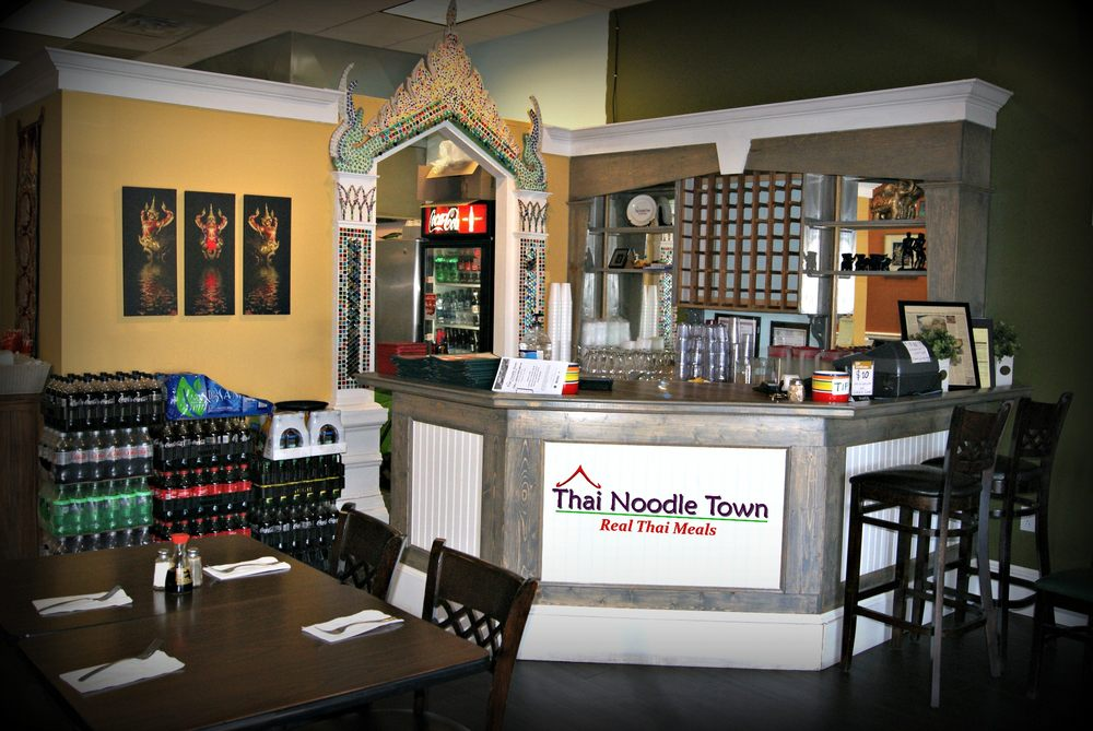 Thai Noodle Town: 800 Stonegate Rd, Kingsport, TN
