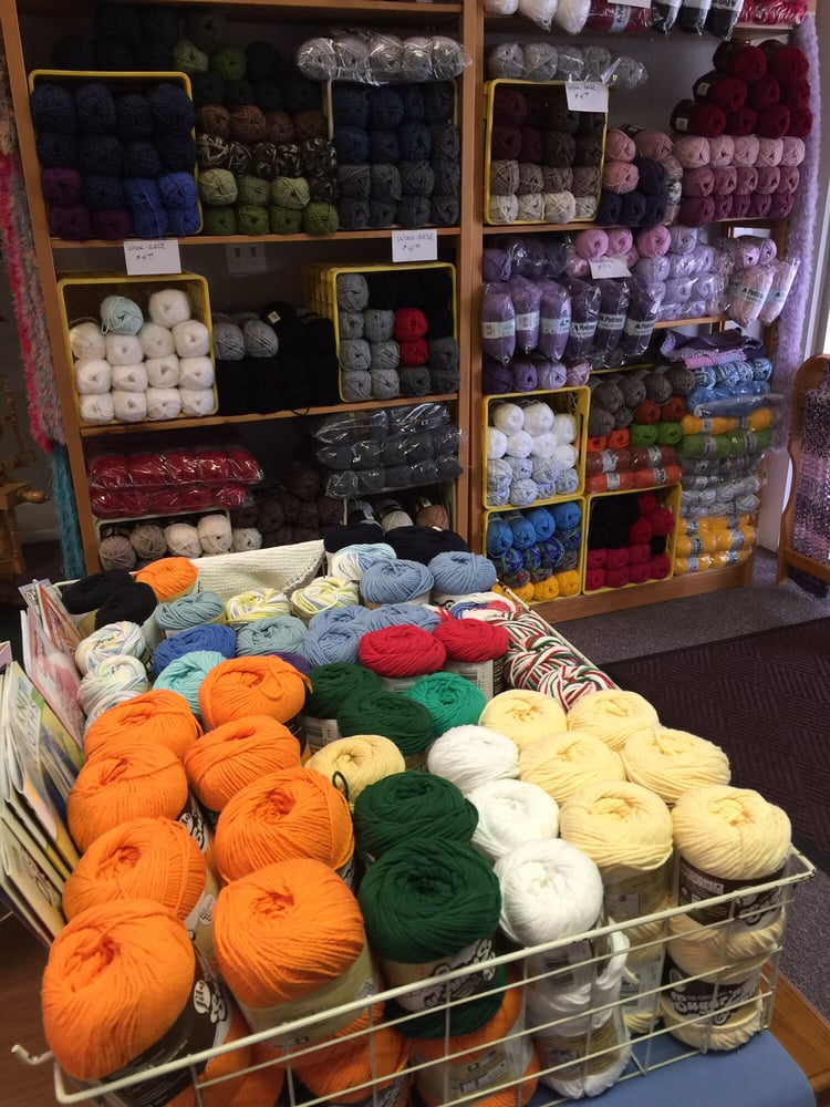Sewing & Yarn Shop: 118 N Main St, Bellefontaine, OH