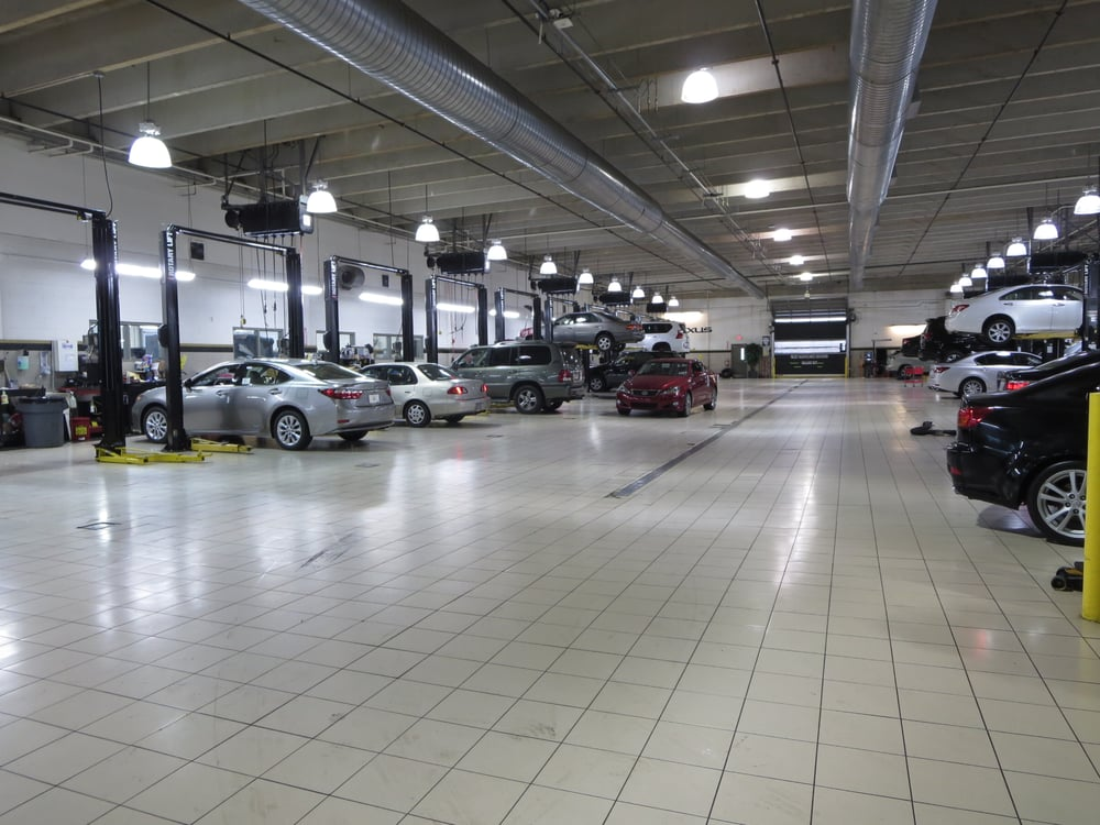 Service Center Indoor Airconditioned And Over Bayslifts - Nalley lexus service coupons