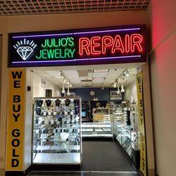 Julios Jewelry Jewelry 7501 W Cermak Rd North Riverside Il